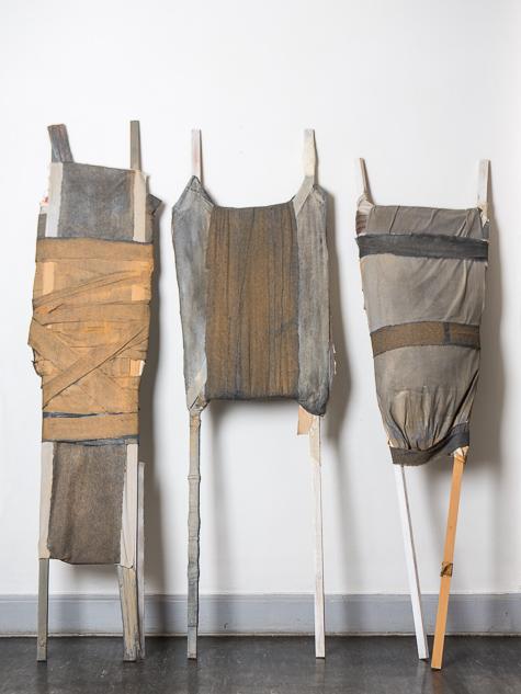 Objekt, o.T., 1987, 220x150x05 cm, Stoff, Holz, Farbe