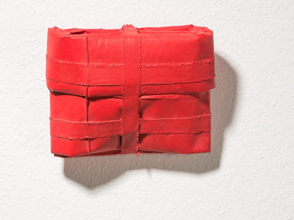 Objekt, o.T., 1993, 17x21x45 cm, Stoff, Papier, Farbe